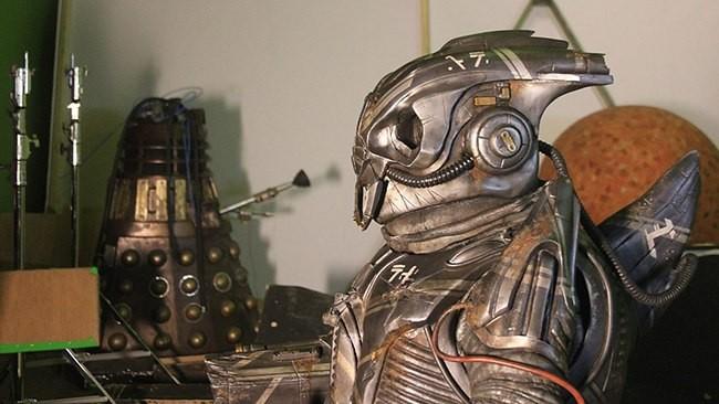 Doctor.Who.Extra.s01e06.The.Caretaker