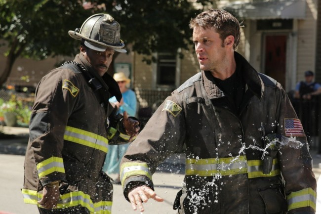 Chicago.Fire.s03e01.Still.01